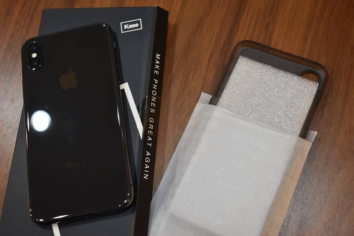 iPhone超薄型ケース