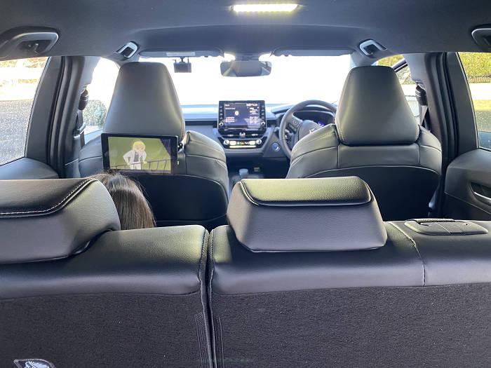 後部座席タブレット設置